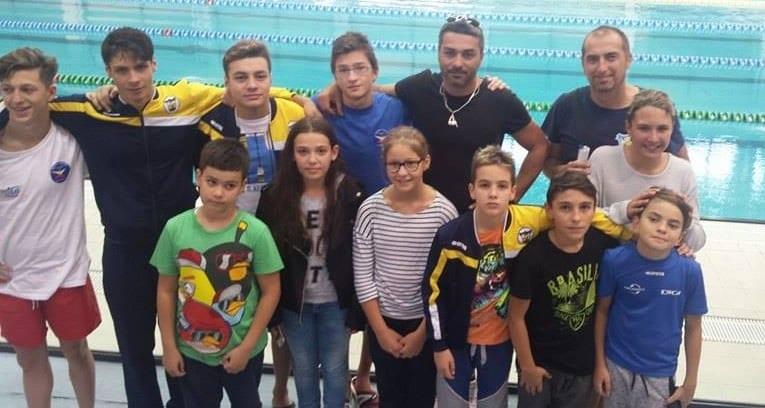 Succese în serie pentru înotătorii piteșteni la Cupa Contratimp