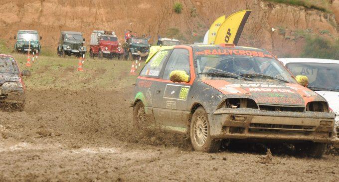 Peste 20 de piloți și multe surprize la Cupa Câmpulung Muscel la Rally Cross