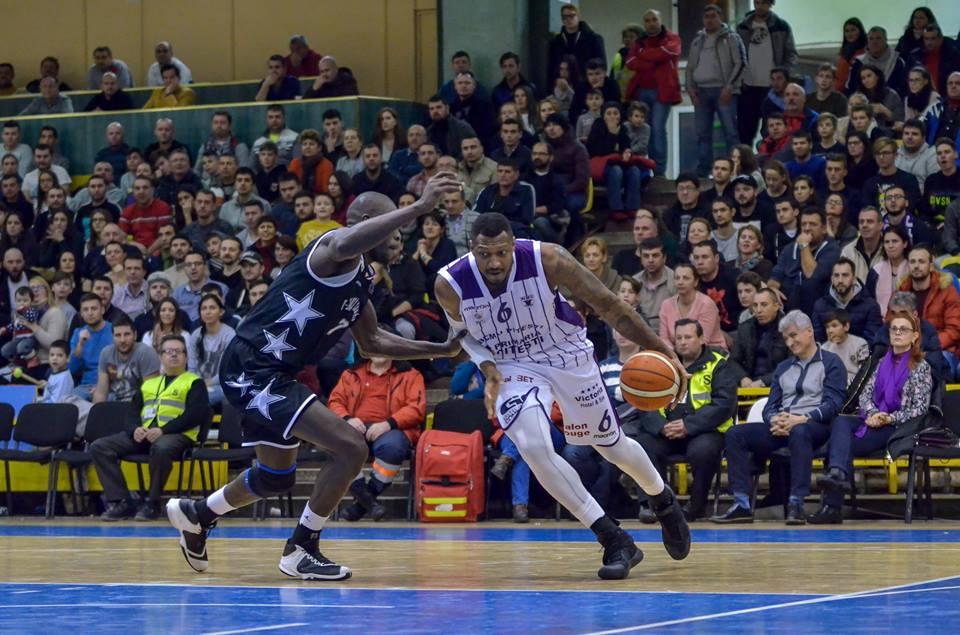U BT Cluj învinge cu 88-82 în derby-ul campionatului la baschet