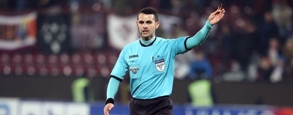 Iulian Călin arbitrează meciul Poli Timişoara – Astra Giurgiu, din returul semifinalelor Cupei României