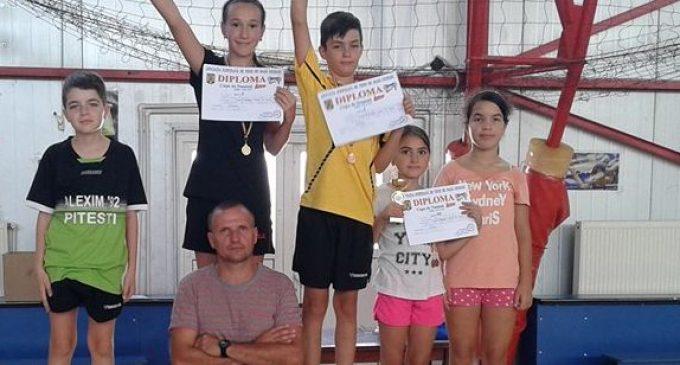 Sportivii de la Școala Matei Basarab, evoluții reușite la Cupa de Toamnă la tenis de masă