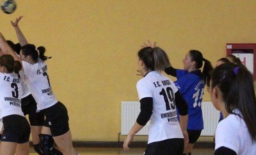 Victorii pentru echipele argeșene din divizia A la handbal feminin