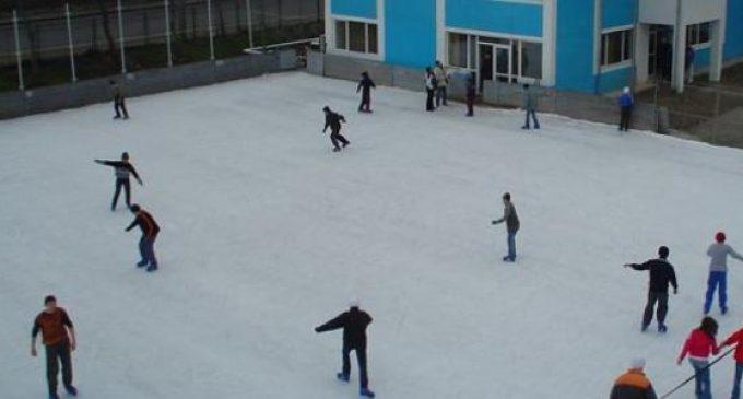 Competiție de patinaj în Ștrand