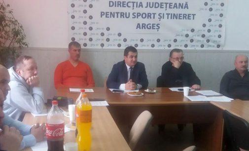 Structurile sportive din județ au avut o sedință la DJTS Argeș
