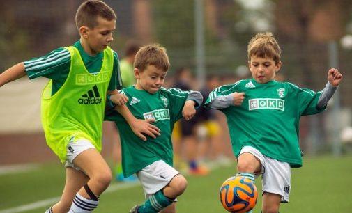 Este copilul dvs gata să joace fotbal competitiv?