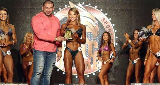 Ana Dumitrescu, câștigătoare a unui concurs de fitness pe Coasta de Azur