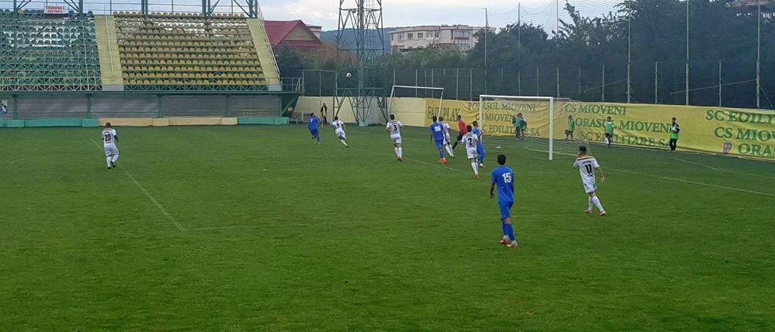 Unirea Bascov și Gloria Berevoești se vor întâlni în finala Cupei României, faza județeană