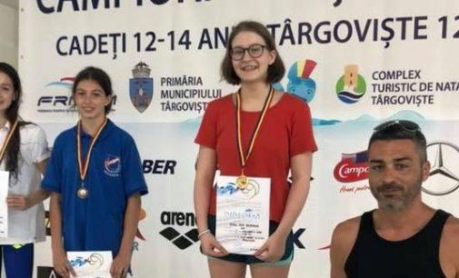 Ana Oțoiu, trei medalii de aur la CN de natație pentru cadeți