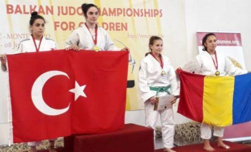 Două medalii de bronz pentru sportivii argeșeni prezenți la Campionatul Balcanic de judo