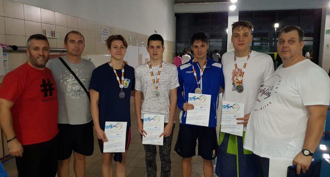 S-a încheiat campionatul național de natație în bazin scurt