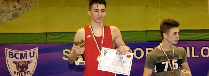 Pugiliștii piteșteni au obținut 4 medalii la Cupa României