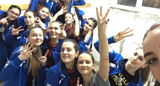 Volei feminin : Dacia Mioveni a obtinut prima victorie in turneul final de la Brașov