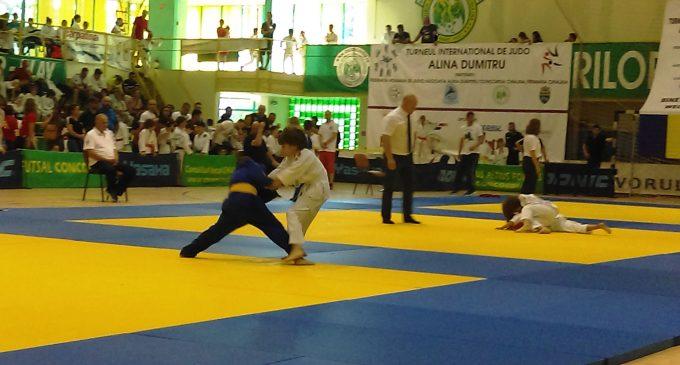CSM Pitești , locul 1 la turneul internațional de judo Alina Dumitru