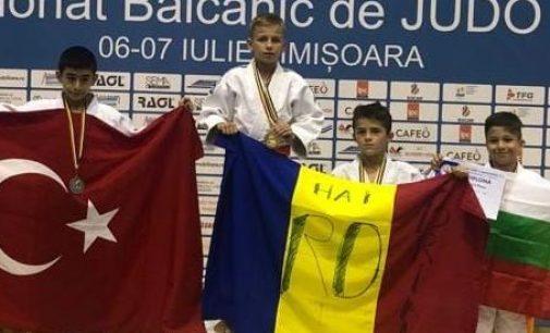 Campionat balcanic reușit pentru micii judoka de la CSM Pitești