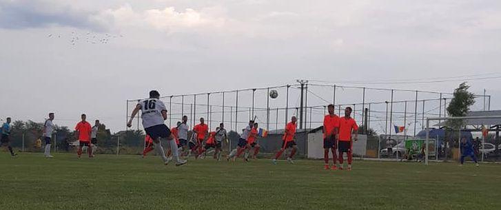 Real Bradu își continuă parcursul în Cupa României, după ce s-a impus cu 2-1 în fața echipei Recolta Gura Şuţii