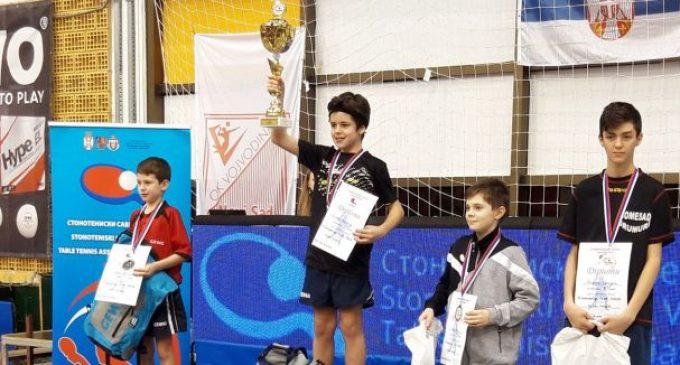 Tenis de masă | Sebastian Pribeagu, pe podium la turneul internațional de la Novi Sad
