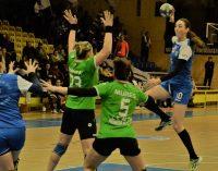 Dacia Mioveni – Activ Ploiești 15-15 în derby-ul Diviziei A la handbal feminin