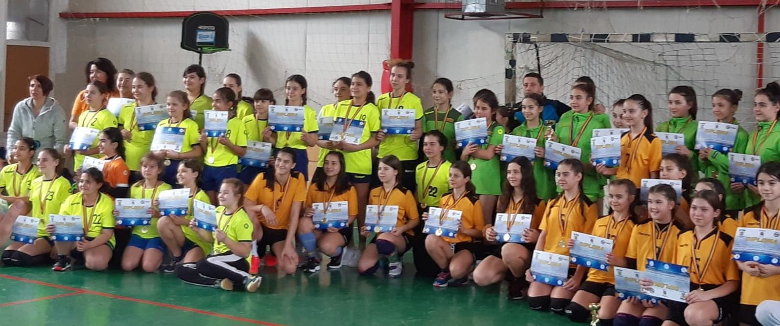 Memorialul Alexandru Crăciun la handbal fete s-a desfăşurat astăzi la Piteşti