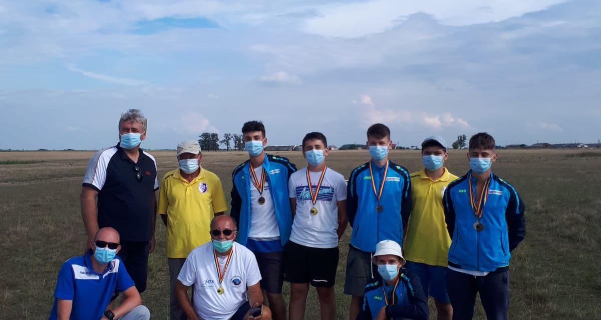 Campionatul naţional de aeromodelism de la Salonta a fost dominat de sportivii din Argeş