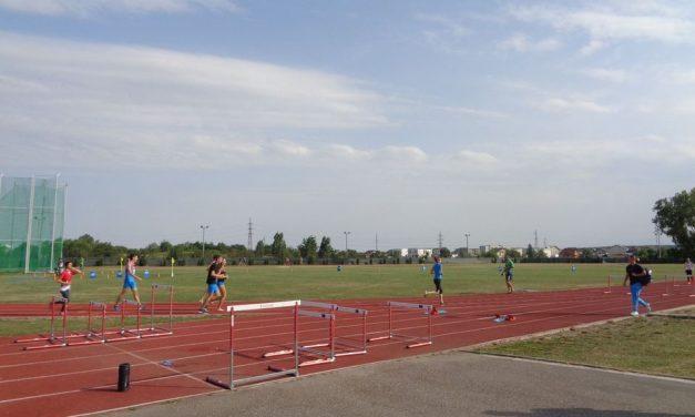 Iubitorii mişcării vor putea folosi din nou pista de atletism din spatele stadionului Nicolae Dobrin