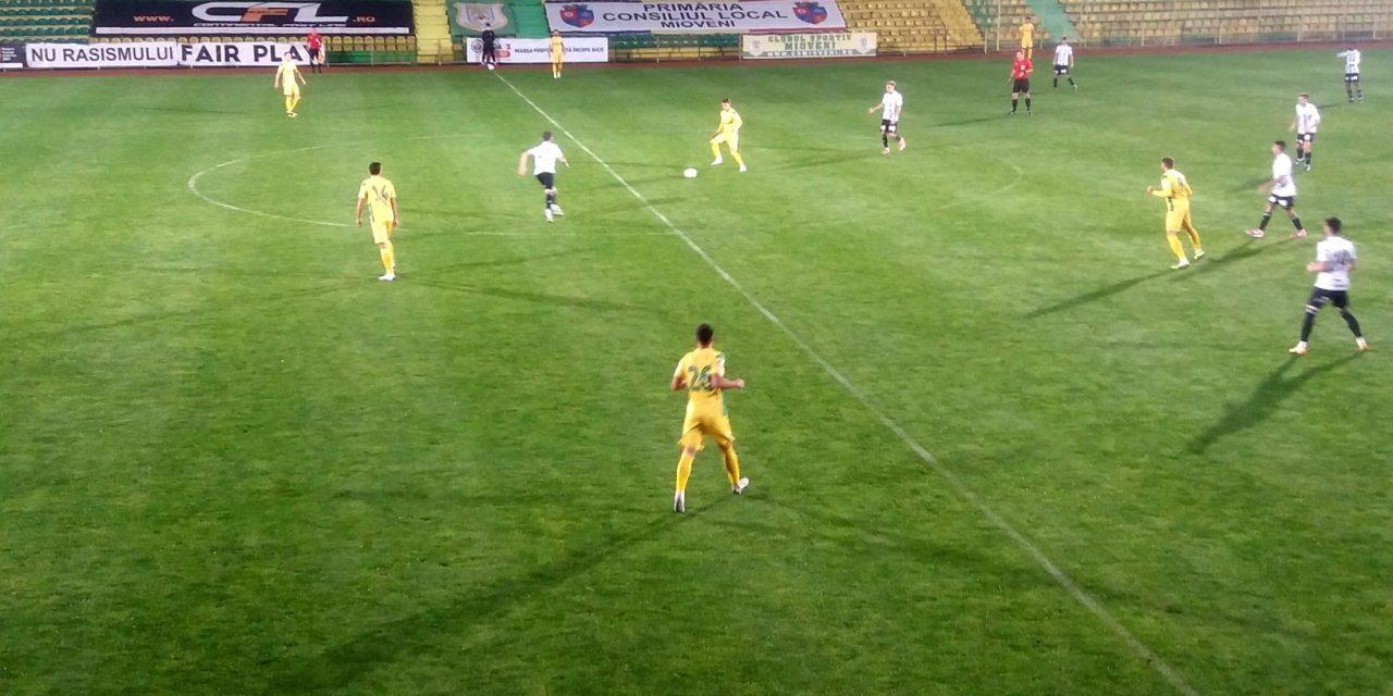 CS Mioveni – U Cluj 0-1, iar gazdele rămân fără gol înscris în meciurile de acasă | Cele mai importante ştiri sportive ale zilei sunt oferite de www.cronica.ro