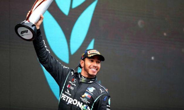 Britanicul Lewis Hamilton a cucerit al şaptelea titlu mondial de Formula 1 | Cele mai importante ştiri sportive ale zilei sunt oferite de www.cronica.ro