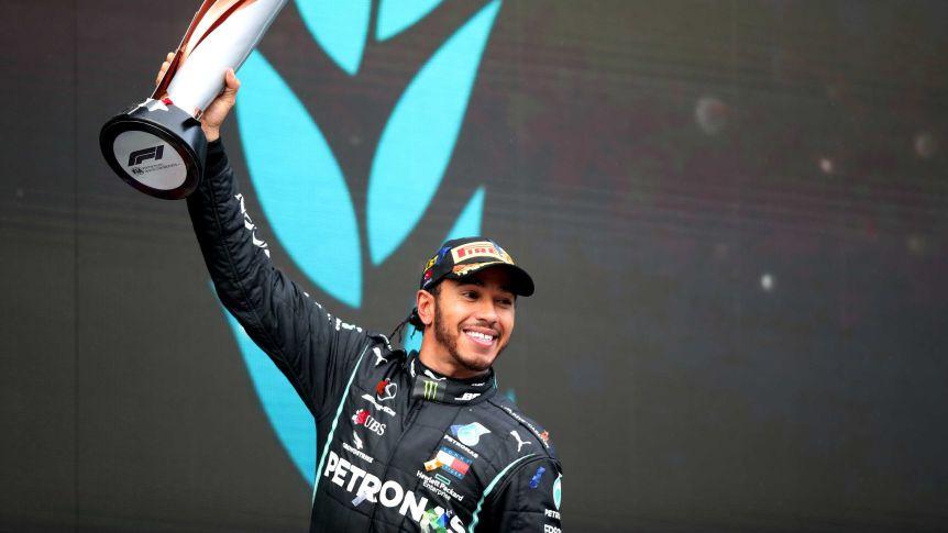Britanicul Lewis Hamilton a cucerit al şaptelea titlu mondial de Formula 1   Cele mai importante ştiri sportive ale zilei sunt oferite de www.cronica.ro