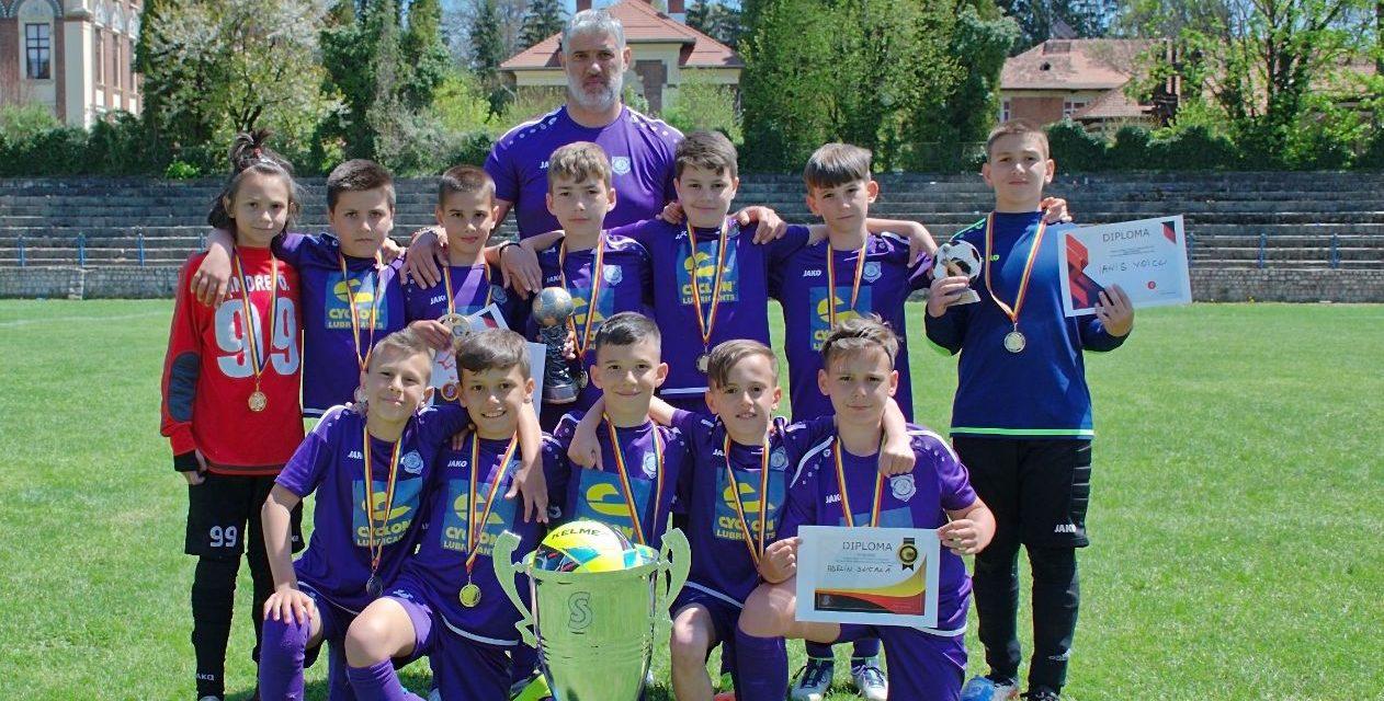 ACS Viitorul Argeş s-a impus la Trofeul Sfinx U10 Cupa Campionilor