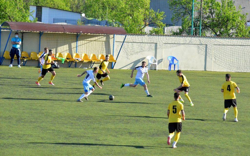 Real Bradu va juca cu CS Baloteşti în barajul pentru promovare/menţinere în Liga 3