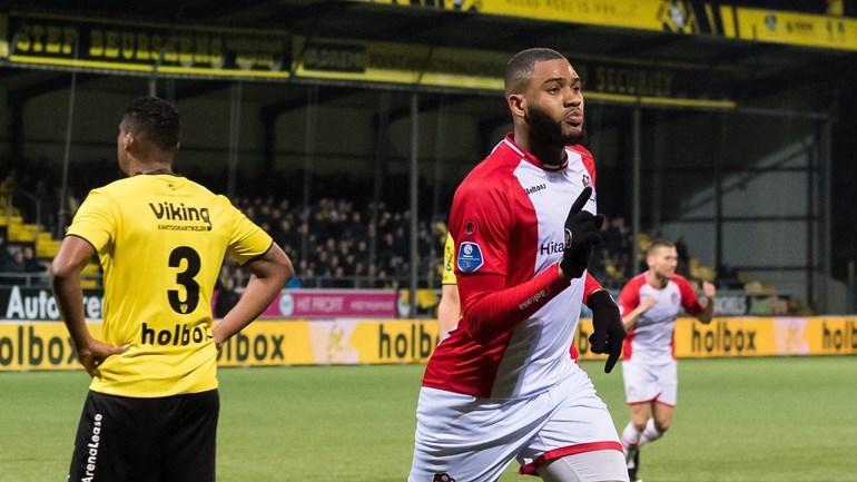 Lupeta e out de la FC Argeş,  în locul lui fiind adus Arias, ultima oară la VVV-Venlo
