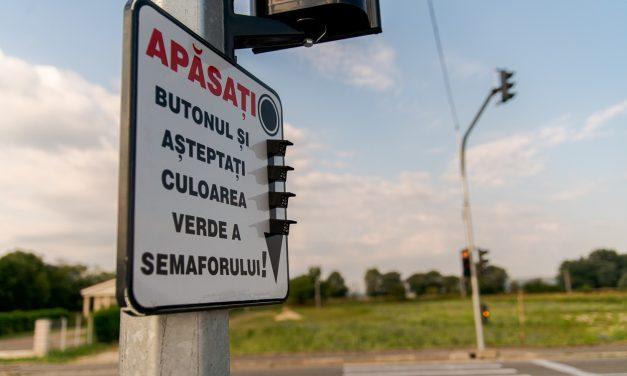 (P) Atenție, șoferi! Semafor nou pe str. I.C. Brătianu din Mioveni